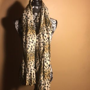 Accessories - Shawl /wrap